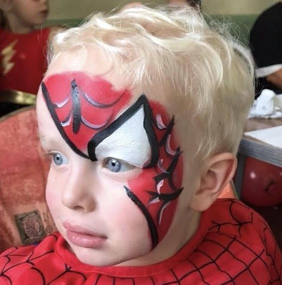 Face painting in Kent. Children's entertainers in Kent. Vibrant Events.